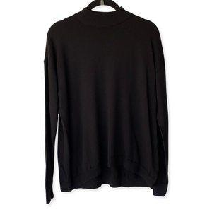 Uniqlo Women's Black Mockneck Pullover Sweater
